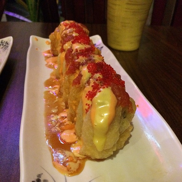 Crazy Monkey Roll @ Hana Sushi