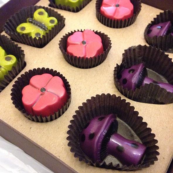 John & Kira's chocolate
