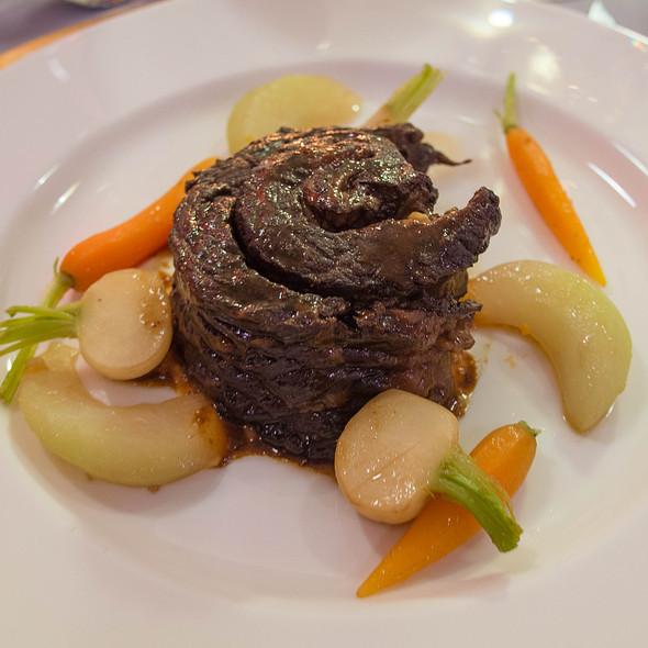 Korean Braised Boneless Beef Short Rib