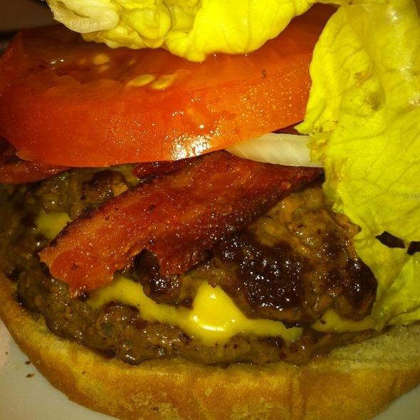 Double Angus Burger @ Waffle House