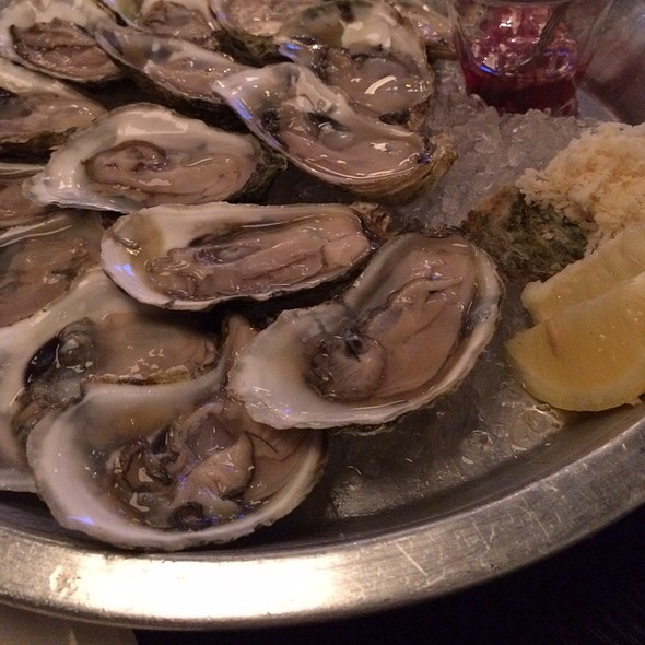 Oysters - The Saint, Toronto, ON