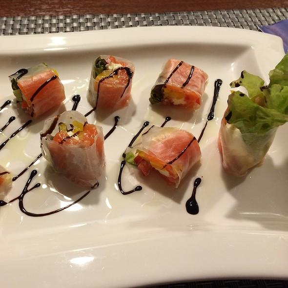 Salmon @ 洋食屋 Notte Cafe