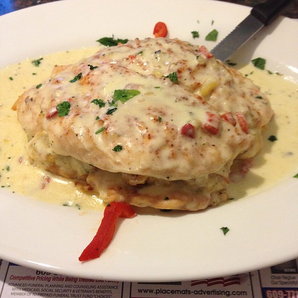 Broiled Stuffed Chicken With Crabmeat @ Arena Diner
