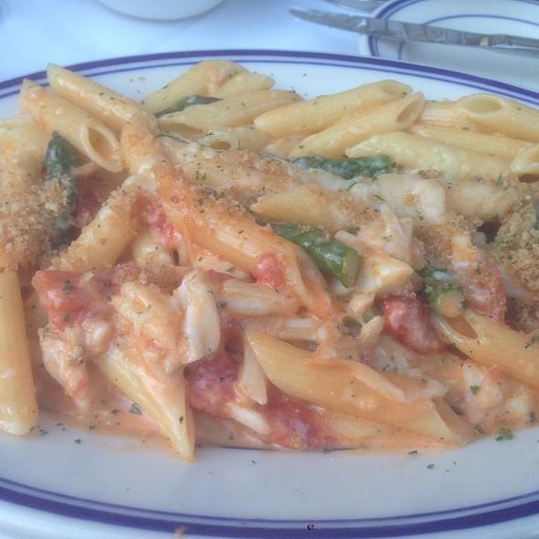 Jumbo Crab And Penne Pasta - The Wharf, Alexandria, VA