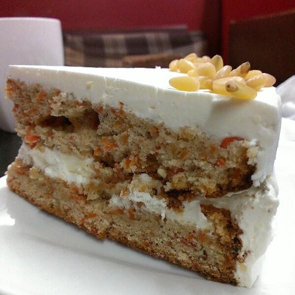 Carrot Cake @ Кофеин