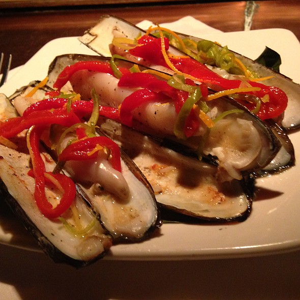 razor clams - Temple Bar, Cambridge, MA