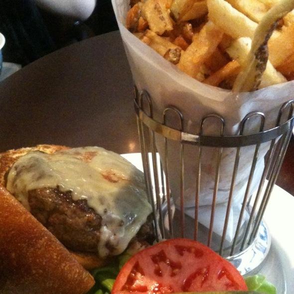 Rouge Burger @ Rouge