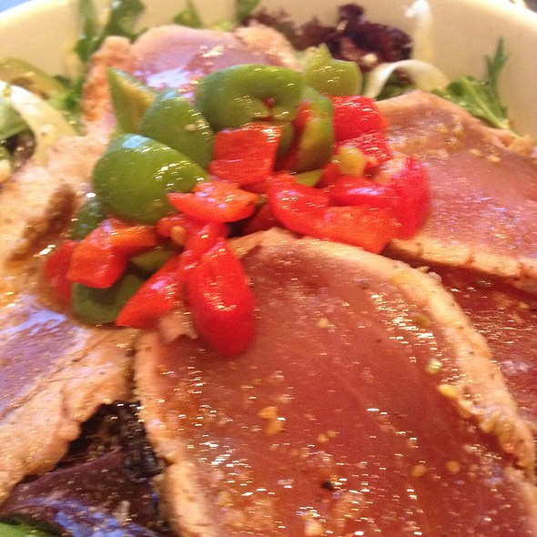 Seared Ahi Tuna Salad @ Southie