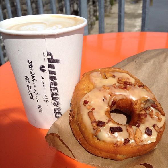 Maple Bacon Donut @ Dynamo Donuts