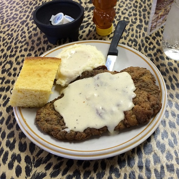 Big Mama S Kitchen Amp Catering Jumbo Chicken Fried Steak