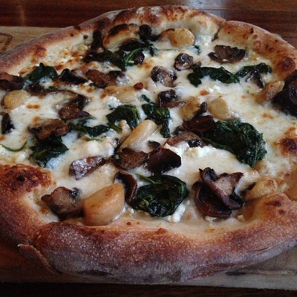 Tartufo Funghi Pizza - Artisan House, Los Angeles, CA