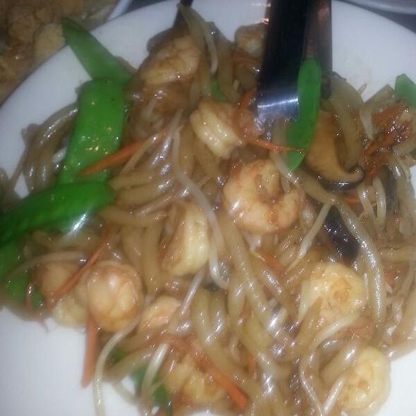 Shrimp Silver Needle Noodle @ Peking House
