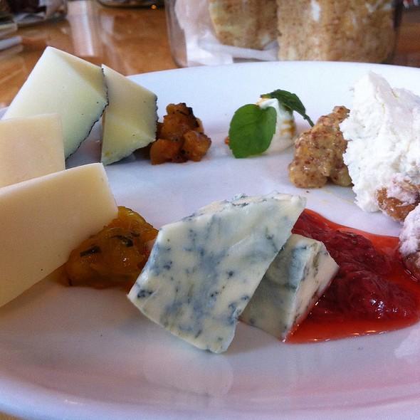 Cheese Plate: Humboldt Fog, Danish Blue, Manchego @ Gigi BBQ•Noodles•Beer