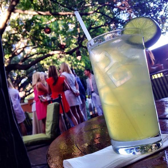 Spring Forward Cocktail @ Rosewood Mansion on Turtle Creek