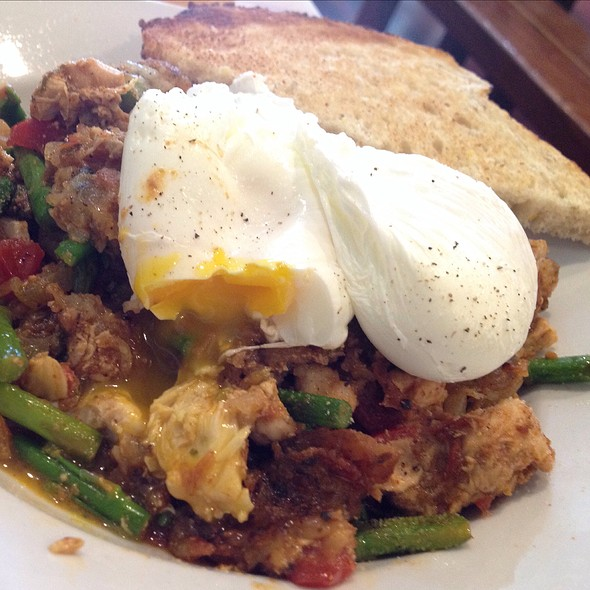 Chicken Hash @ the Village Bakery and Cafe