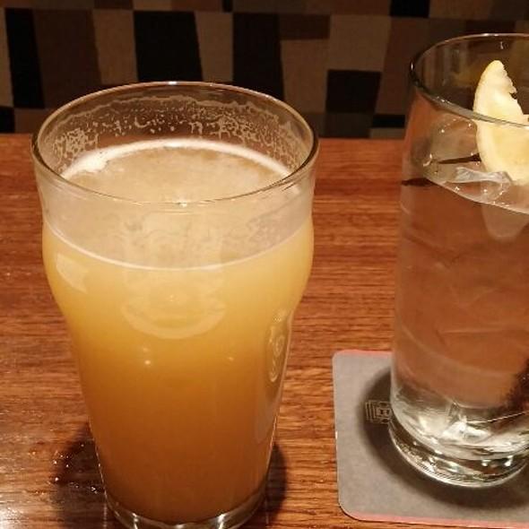 Belgian Style White Ale - Rock Bottom Brewery Restaurant - Denver, Denver, CO