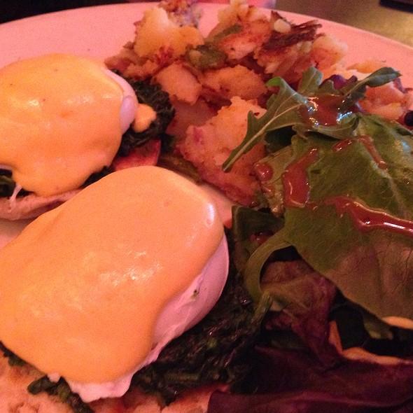 Eggs Florentine - Hi-Life Restaurant & Lounge - Upper East Side, New York, NY