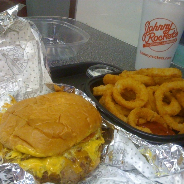 Original With Onion Rings @ Johnny Rockets