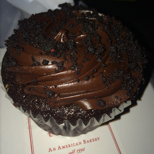 Brooklyn Blackout Cupcake