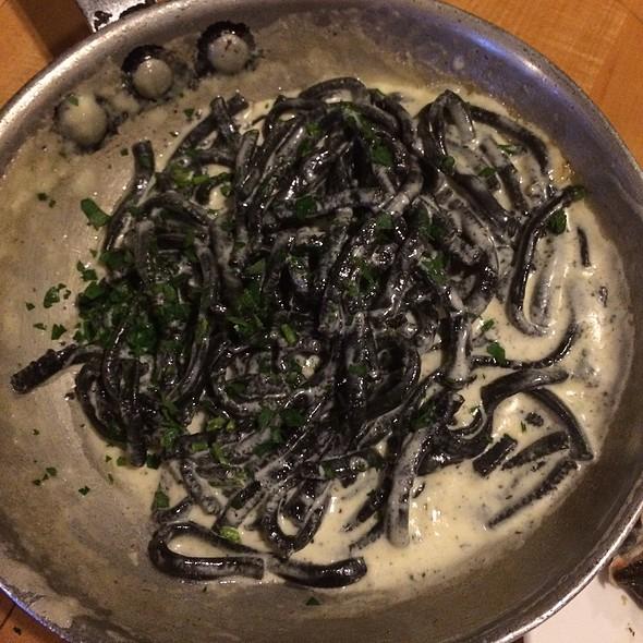 Black Pasta Alfredo - The Daily Catch Seaport, Boston, MA