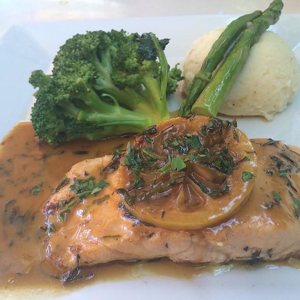 Salmon - Mia Bella Roma, Miami Beach, FL