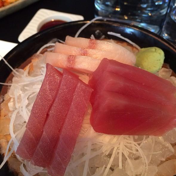 Sashimi @ Sticks'n'sushi