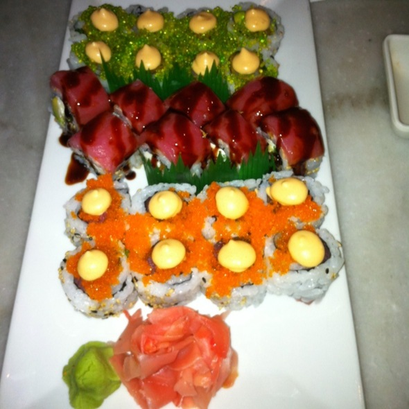 Lobster Roll, Jamaican Roll & Zombie Roll @ Yayas Cuisine