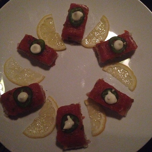 spicy tuna crispy rice - Makisu Sushi Lounge and Grill, Skokie, IL