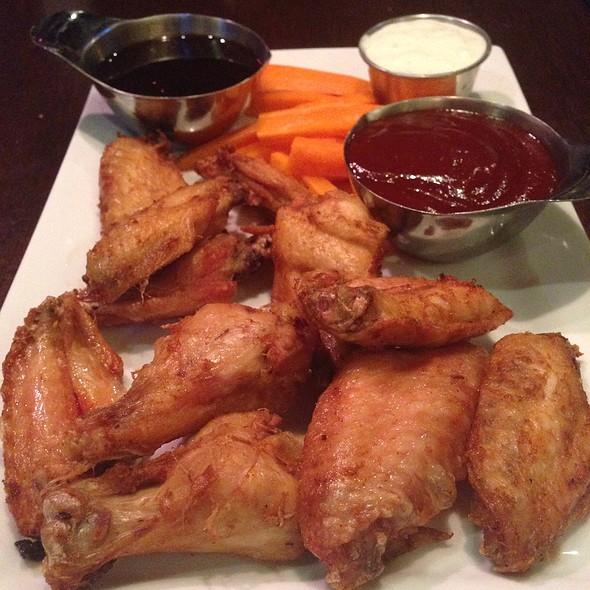Shooter's Wings - Shooter McGee's, Alexandria, VA