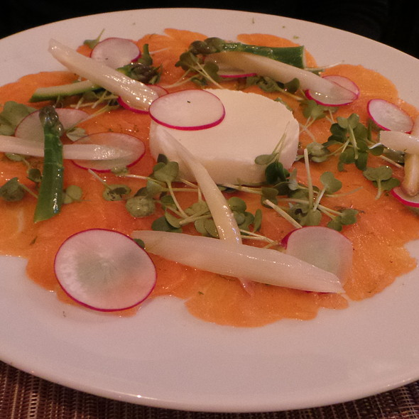 Salmon, Asparagus Creme, Asparagus @ Christian Penzhorn