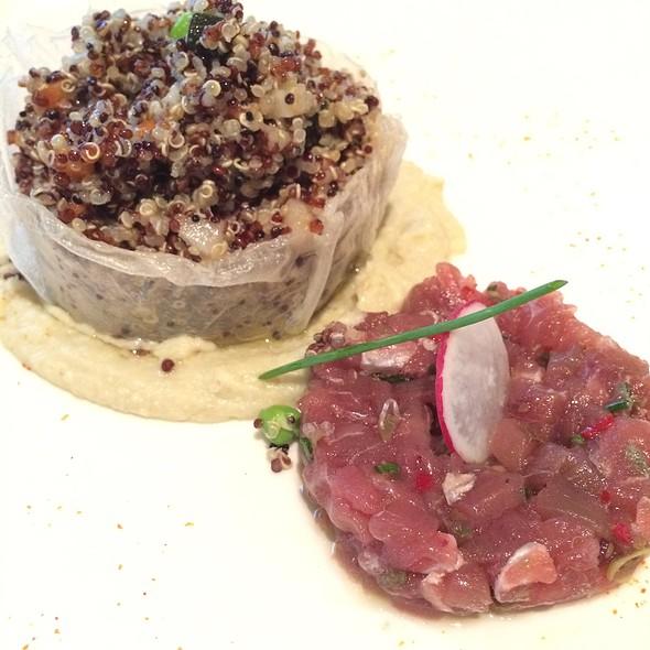 Quinoa Salad & Tuna Tartare