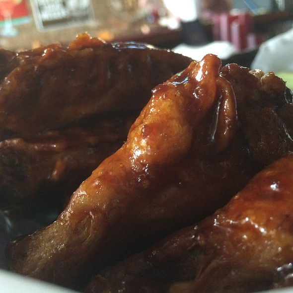 Bourbon Wings @ The Pumping Company