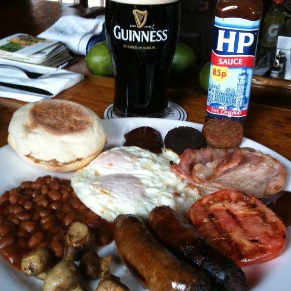 Full Irish Breakfast @ Dark Horse Pub