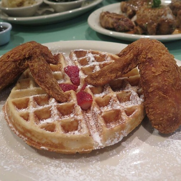 Chicken And Waffle @ Renae's Homestyle Kitchen And Wine Bar