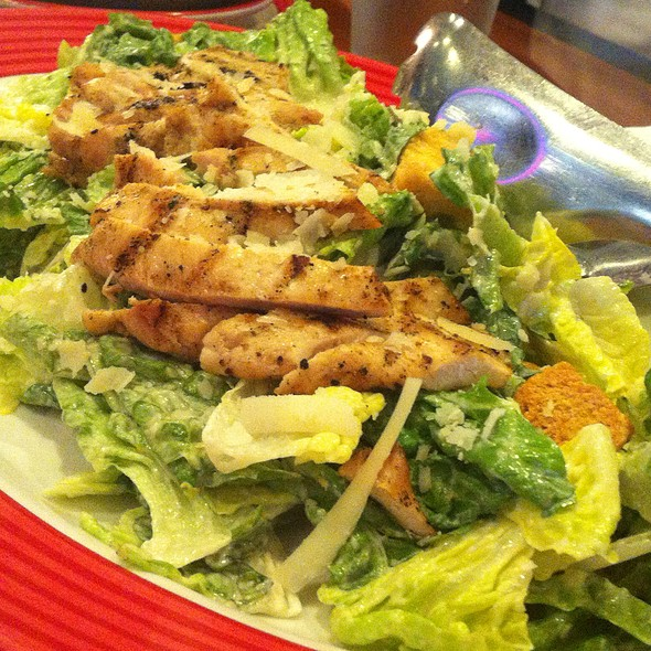 Grilled Chicken Caesar Salad @ T.G.I. Friday's