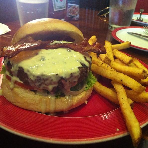 Bacon Cheeseburger @ T.G.I. Friday's