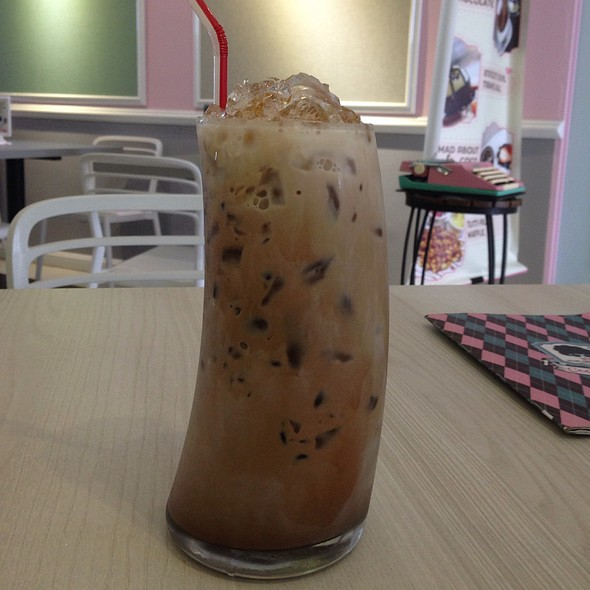 Ice Mocha @ Mad About Coco