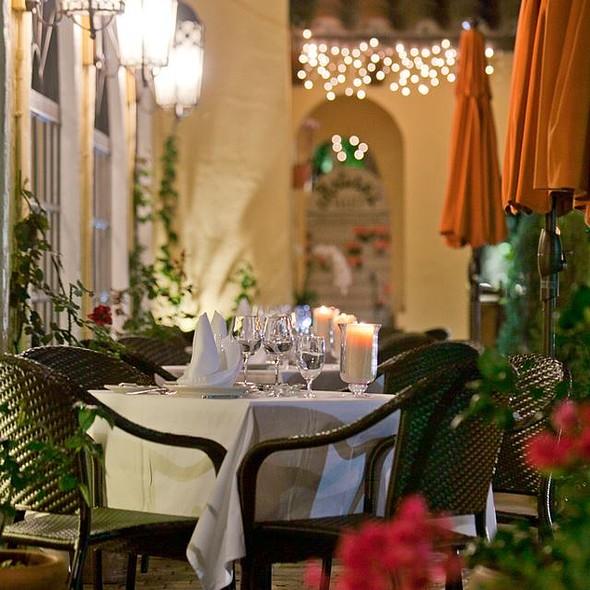 Outdoor Dining  - Arturo's Ristorante - Boca Raton, Boca Raton, FL