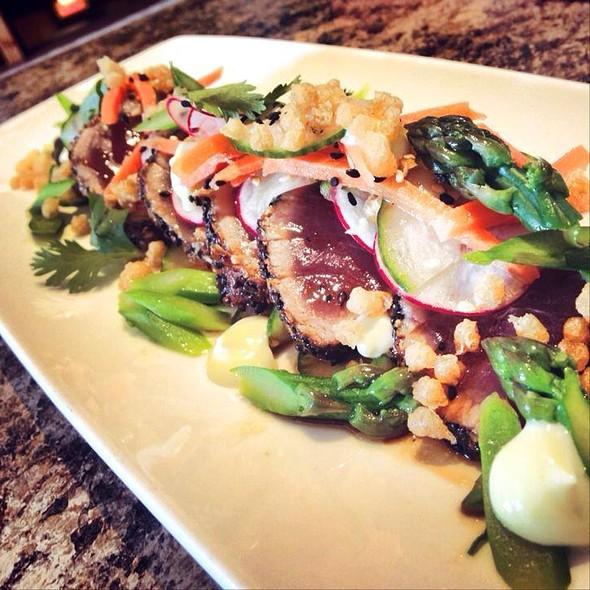 Sesame-Crusted Tuna @ The Huron Club