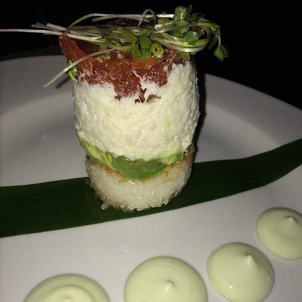 Hot Tower - Dapur Asian Tapas & Lounge, Fort Lauderdale, FL