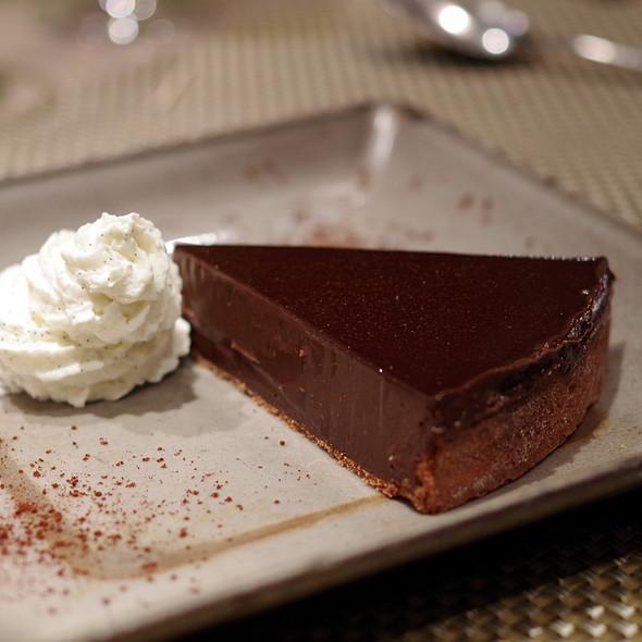 La fabuleuse tarte au chocolat de Christian Constant @ Les Cocottes de Christian Constant