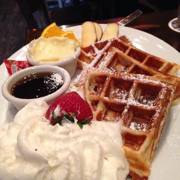 Waffle @ Vickery Park