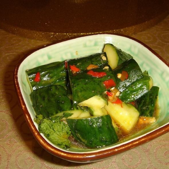 Vinegar Cucumber @ Yi Zhi Wan