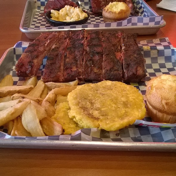 "St. Louis Style Ribs (1/2 slab), Famous Fries, ""Tostones"", and Corn Muffin @ Famous Dave's Puerto Rico"
