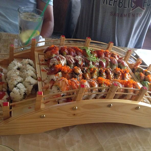 Sushi Cafe Menu Sacramento Ca