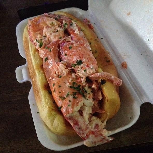 Lobster Roll (Sandwich) @ Urban Lobster Shack Truck