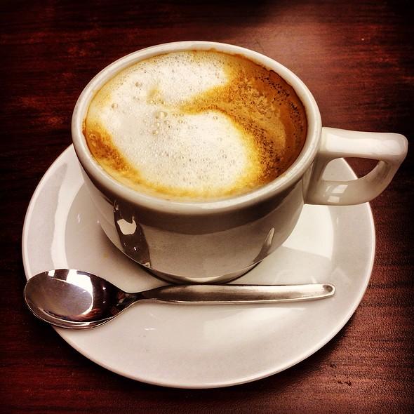 Café Con Leche @ Lima Airport