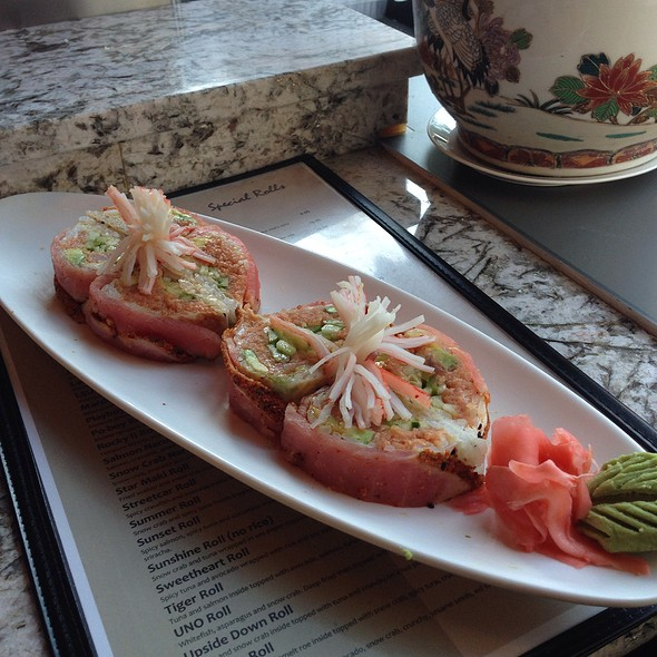 For The Lucky Lady Roll @ Lakeview Pearl Sushi Bar & Asian Bistro