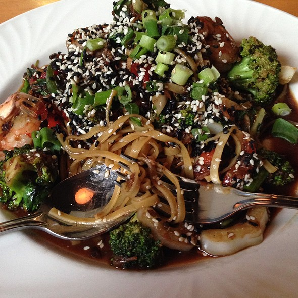 Szechuan Linguine With Prawns & Bok Choy - Cafe Carlo, Winnipeg, MB