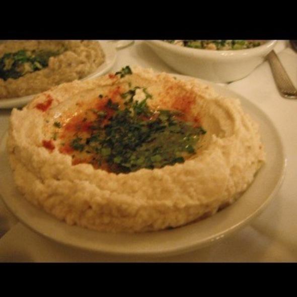 Hummus @ Sarkis